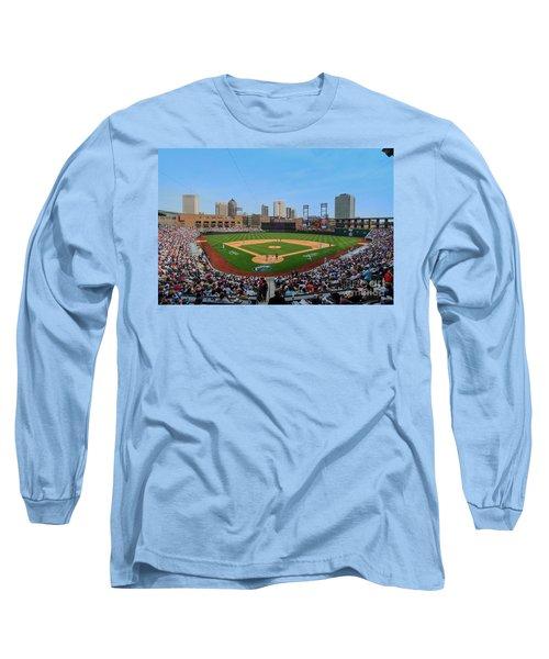 D24w-299 Huntington Park Photo Long Sleeve T-Shirt
