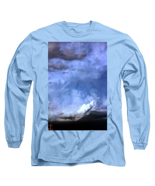 There Be A Storm A Brewin In Nebraska Long Sleeve T-Shirt