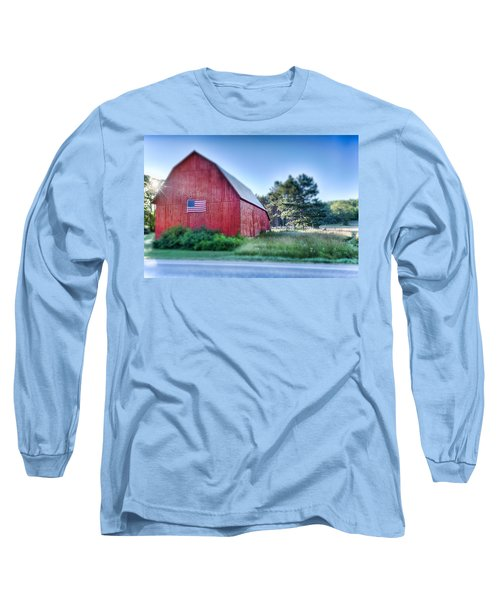 Long Sleeve T-Shirt featuring the photograph American Barn by Sebastian Musial