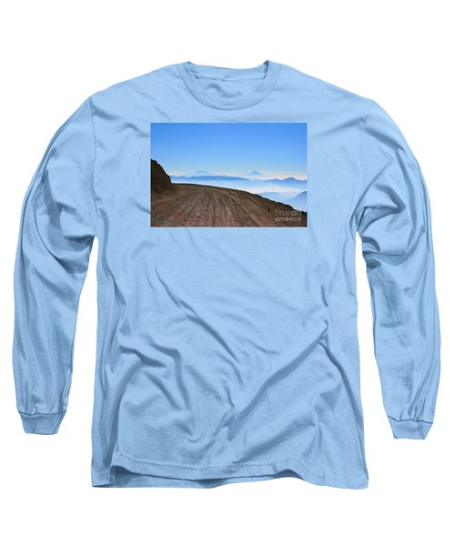 Camino En Volcan Nevado De Toluca Long Sleeve T-Shirt