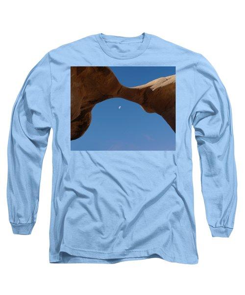 Devil's Garden Metate Arch 014  Long Sleeve T-Shirt