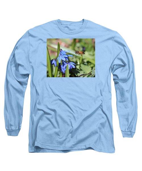 Honeybee In Flight Long Sleeve T-Shirt by Lucinda VanVleck
