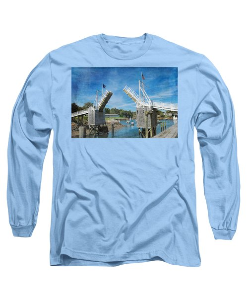 Perkins Cove Drawbridge Textured Long Sleeve T-Shirt