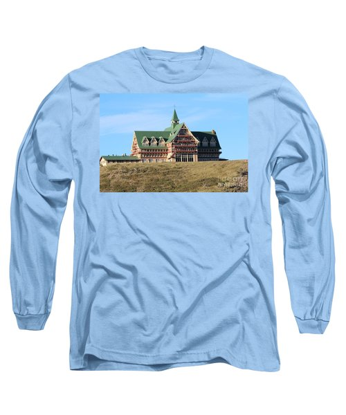 Long Sleeve T-Shirt featuring the photograph Prince William Hotel by Ann E Robson