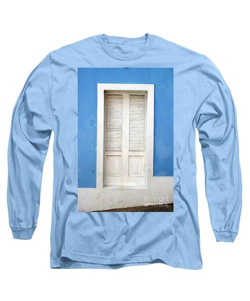 Puerta En El Viejo San Juan Long Sleeve T-Shirt