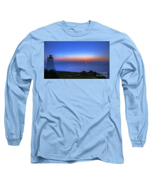 Quiet Morning.. Long Sleeve T-Shirt