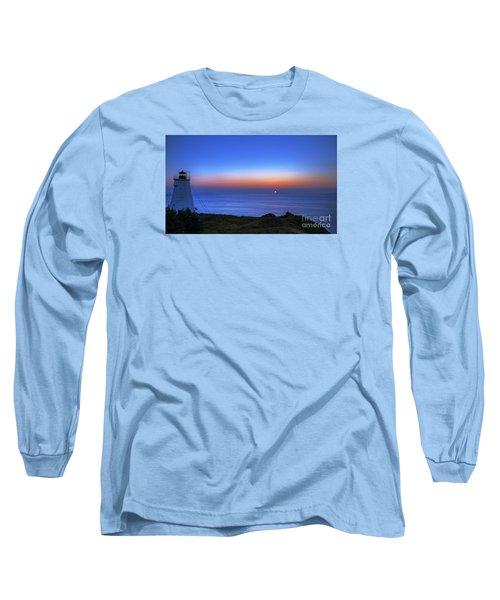 Quiet Morning.. Long Sleeve T-Shirt