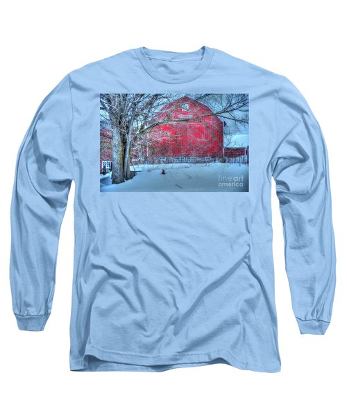 Red Barn In Winter Long Sleeve T-Shirt by Terri Gostola