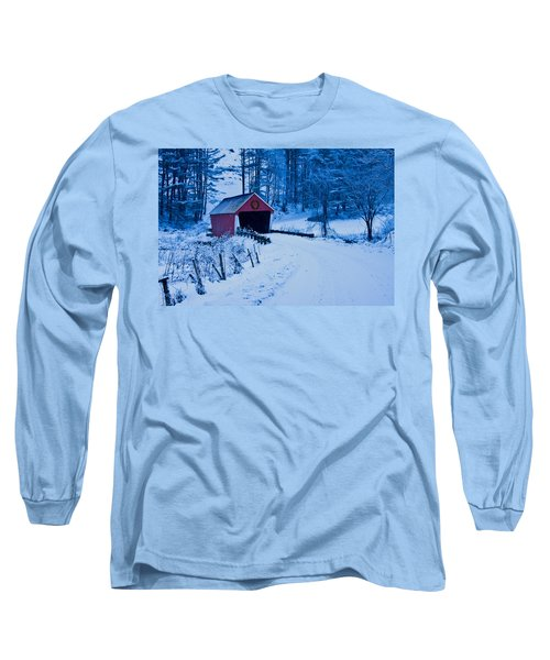 winter Vermont covered bridge Long Sleeve T-Shirt