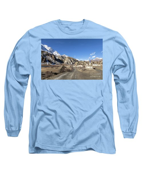 On The Annapurna Circuit Trekking Near Manang In Nepal Long Sleeve T-Shirt