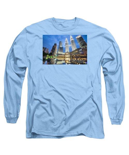 Kuala Lumpur Petronas Towers Long Sleeve T-Shirt