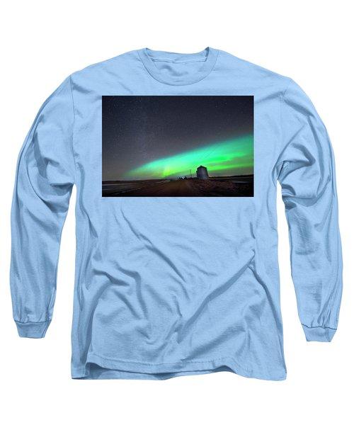 Arc Of The Aurora Long Sleeve T-Shirt by Dan Jurak