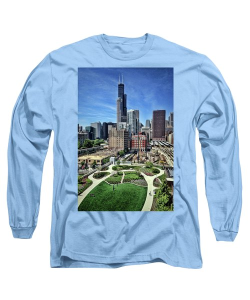 beautiful day and view of Chicago Long Sleeve T-Shirt
