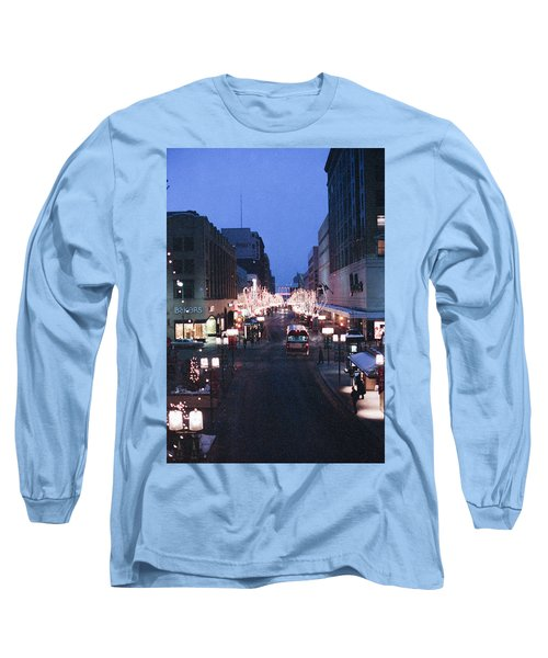Christmas On The Mall Long Sleeve T-Shirt