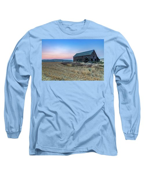 Dusk Setting On A Palouse Barn Long Sleeve T-Shirt