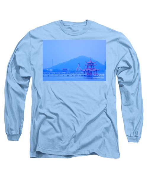 Long Sleeve T-Shirt featuring the photograph Early Morning At The Lotus Lake by Yali Shi