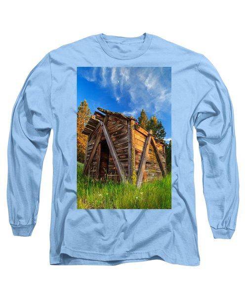 Evening Light On An Old Cabin Long Sleeve T-Shirt