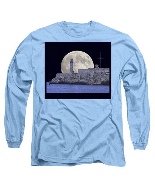 Full Moonrise Over The Castillo De Los Tres Reyes Magos Del Morro, Havana, Cuba Long Sleeve T-Shirt