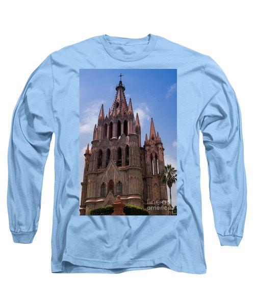 La Parroquia De San Miguel Arcangel In San Miguel Mexico Long Sleeve T-Shirt