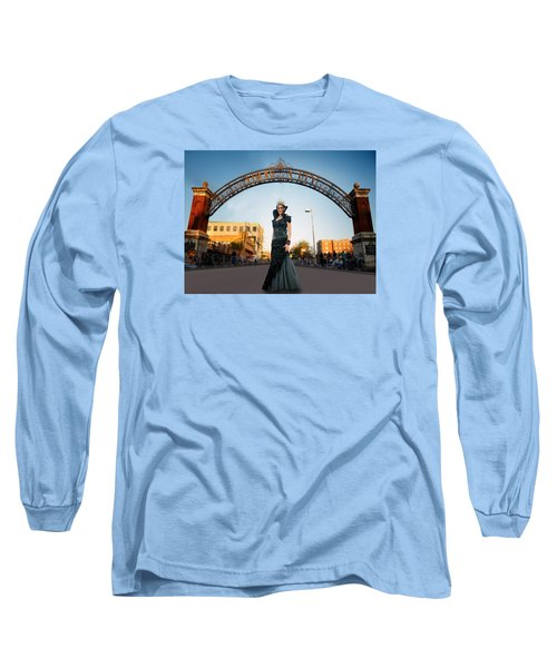 Long Sleeve T-Shirt featuring the photograph La Reina The Queen by Steve Sperry