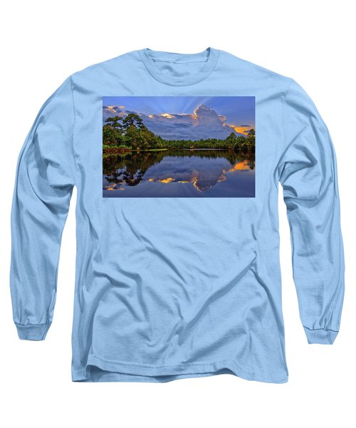 Light Beam Sunset Over Hidden Lake In Jupiter Florida Long Sleeve T-Shirt