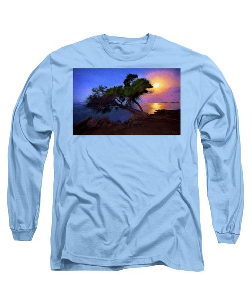 Lone Tree On Pacific Coast Highway At Moonset Long Sleeve T-Shirt