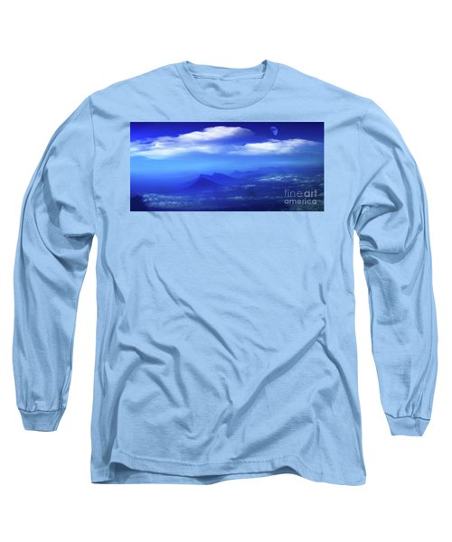 Misty Mountains Of San Salvador Panorama Long Sleeve T-Shirt