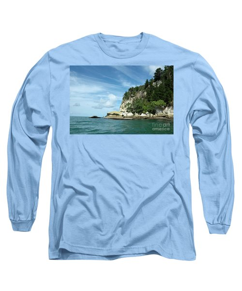 Long Sleeve T-Shirt featuring the photograph New Zealand Beauties by Yurix Sardinelly