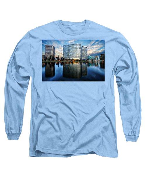 Oakland, California Cityscape Long Sleeve T-Shirt
