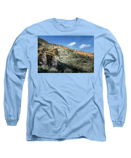 Long Sleeve T-Shirt featuring the photograph Old Country Hovel by RicardMN Photography