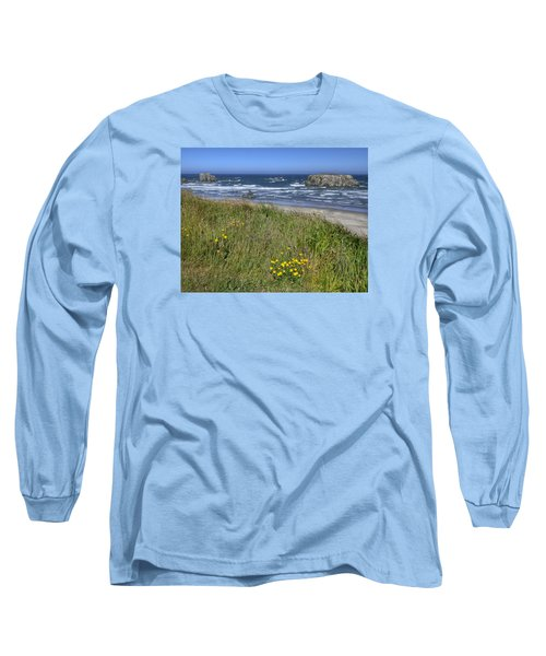 Long Sleeve T-Shirt featuring the photograph Oregon Beauty by Wanda Krack