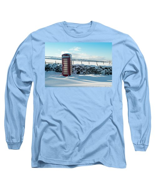 Red Telephone Box In The Snow V Long Sleeve T-Shirt