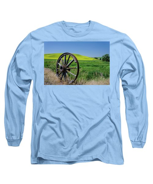 Rustic Wagon Wheel In The Palouse Long Sleeve T-Shirt by James Hammond