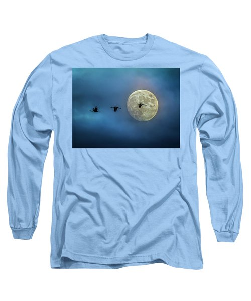 Sandhill Cranes With Full Moon Long Sleeve T-Shirt