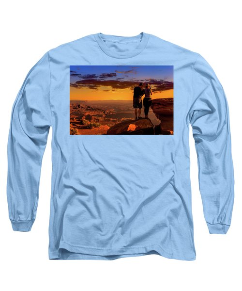 Smartphone Photo Opportunity Long Sleeve T-Shirt