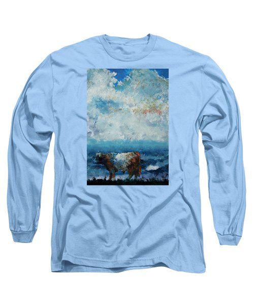 Storms Coming - Belted Galloway Cow Under A Colorful Cloudy Sky Long Sleeve T-Shirt