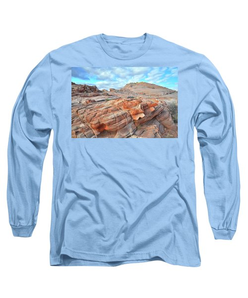 Sunrise On Sandstone In Valley Of Fire Long Sleeve T-Shirt by Ray Mathis