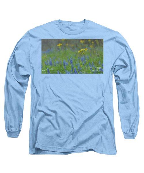 Texas Field With Blue Bonnets Long Sleeve T-Shirt by Carolina Liechtenstein