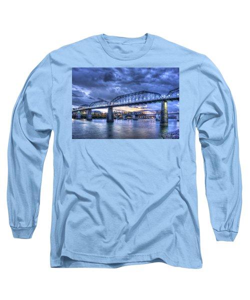 Walnut Street Pedestrian Bridge Sunset Chattanooga Tennessee Art Long Sleeve T-Shirt