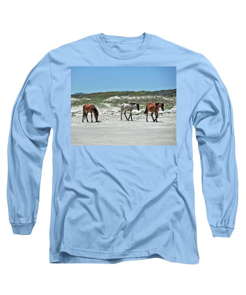 Wild Horses On The Beach Long Sleeve T-Shirt