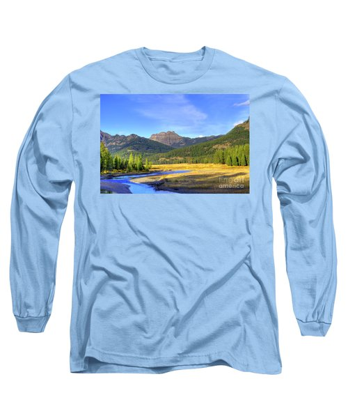 Yellowstone National Park Landscape Long Sleeve T-Shirt