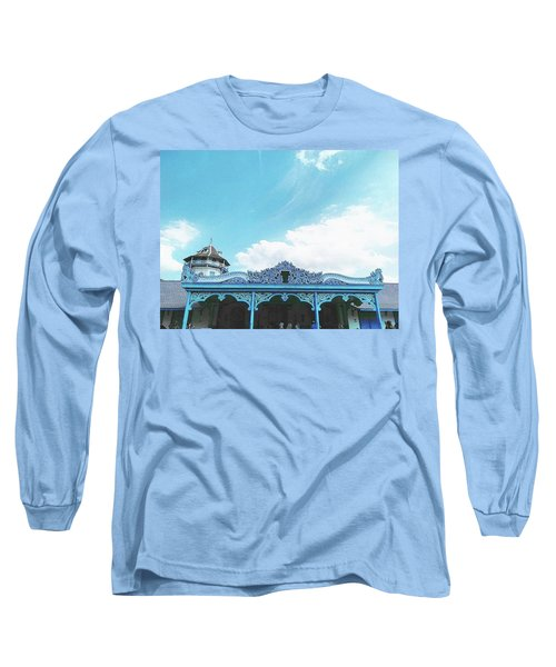 Solo Traditional Building Long Sleeve T-Shirt