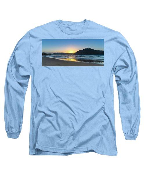 Hazy Sunrise Seascape Long Sleeve T-Shirt