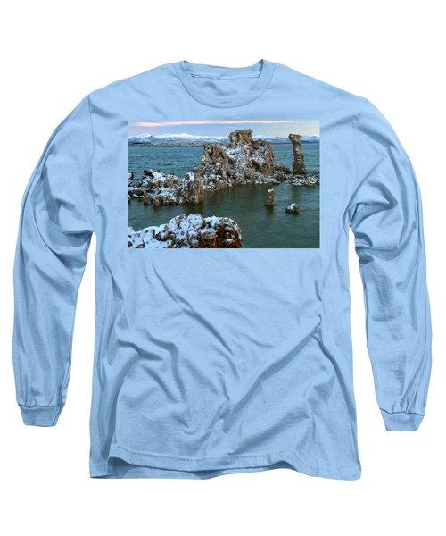 Mono Lake Tufa Towers Sunrise Long Sleeve T-Shirt