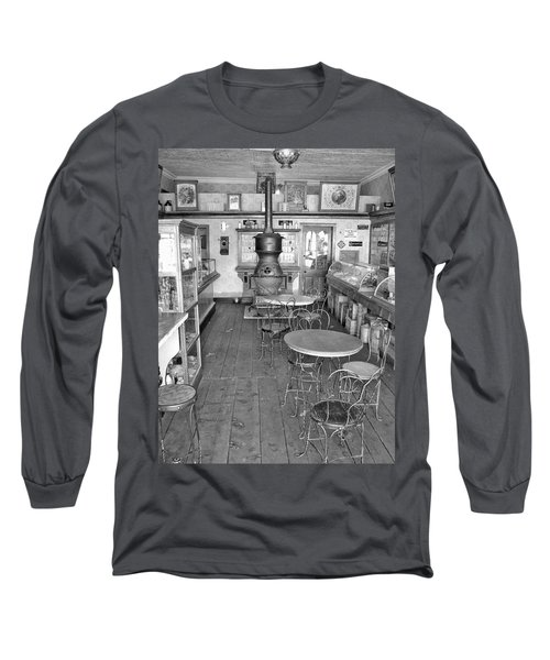 1880 Drug Store Black And White Long Sleeve T-Shirt by Ken Smith