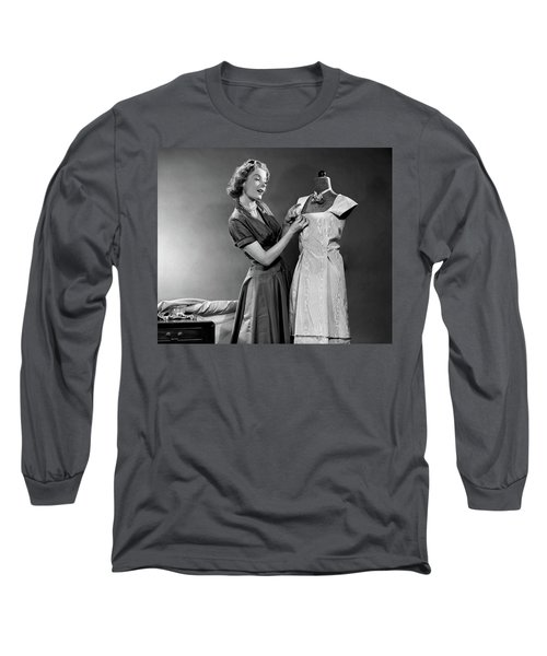1950s Woman Making Dress Pinning Fabric Long Sleeve T-Shirt