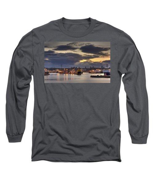 Aberdeen Harbour At Dusk Long Sleeve T-Shirt