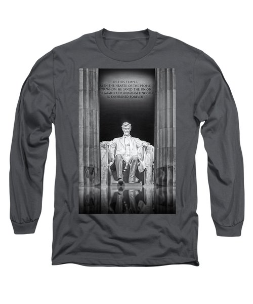 Long Sleeve T-Shirt featuring the photograph Abraham Lincoln Memorial by Susan Candelario