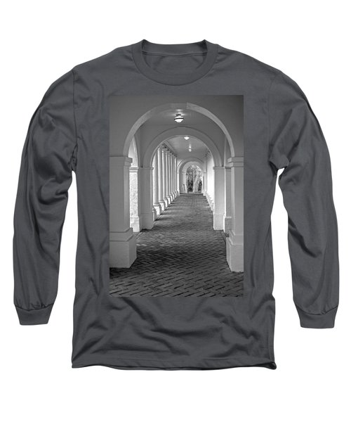 Arches At The Rotunda At University Of Va 2 Long Sleeve T-Shirt