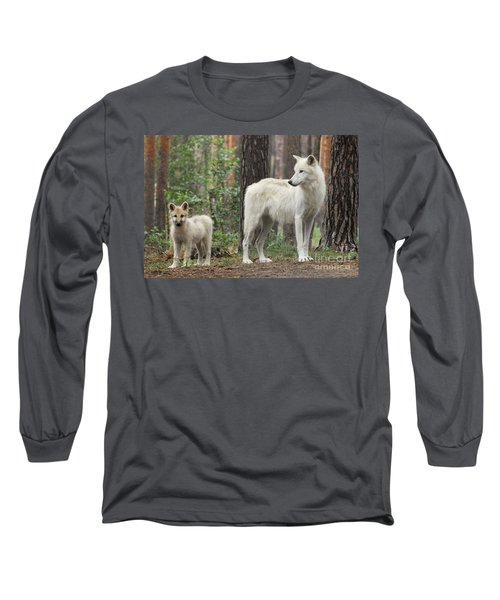 Arctic Wolf With Pup, Canis Lupus Albus Long Sleeve T-Shirt